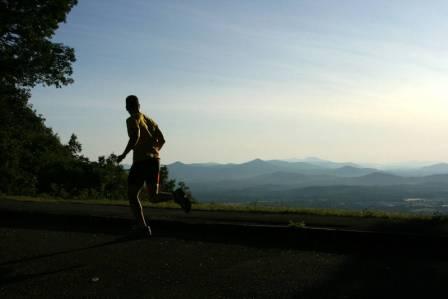 runner-in-sun-set1